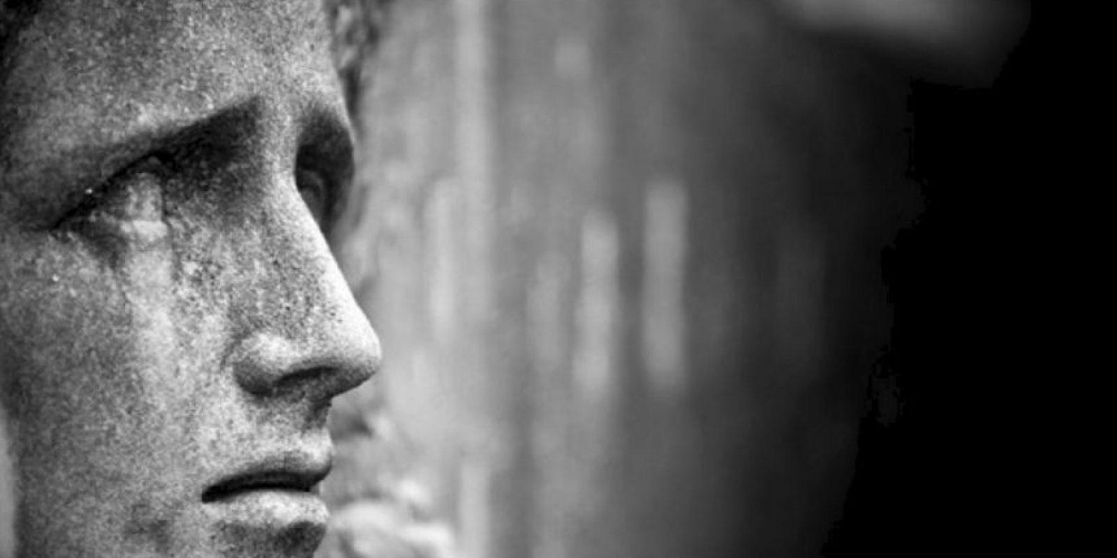Antecedentes suicidas previos, experiencias negativas emocionalmente devastadoras y aislamiento son grandes factores. Foto:vía Tumblr