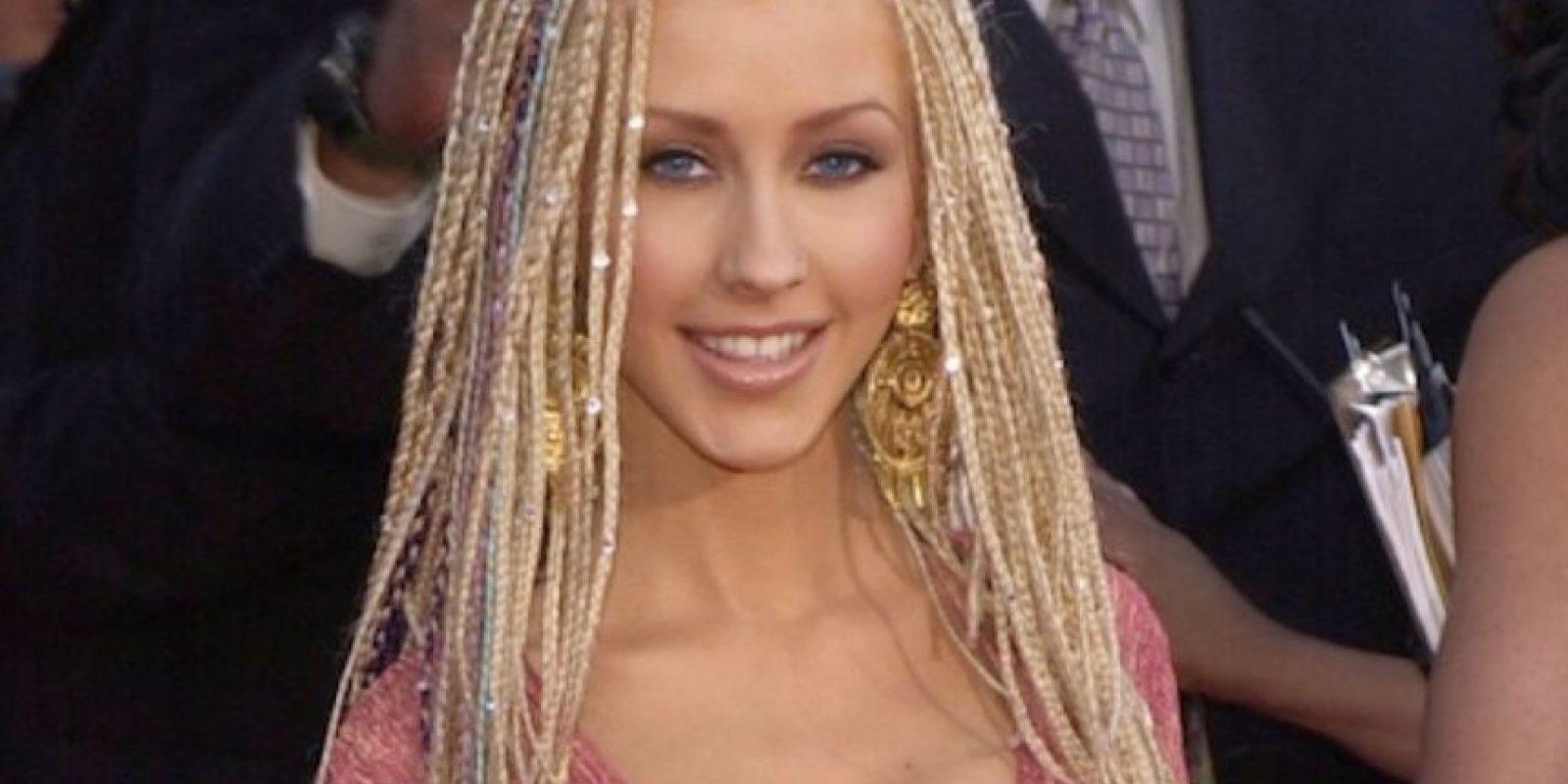 Las trenzas afro para las blancas tampoco son buena idea. Foto:vía Getty Images