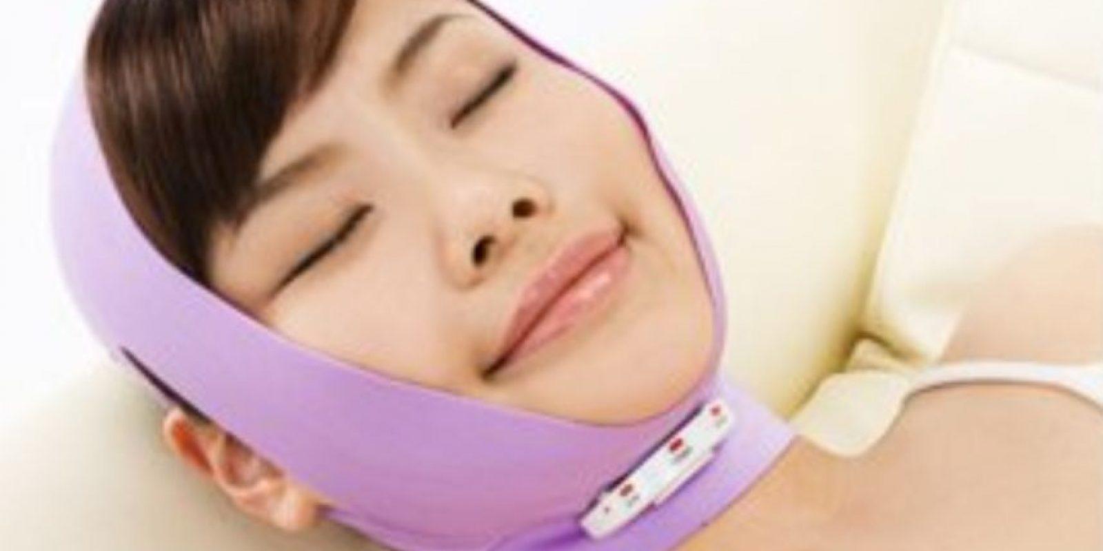 Este invento pretende combatir la flacidez en las mejillas. Foto: japantrendshop.com