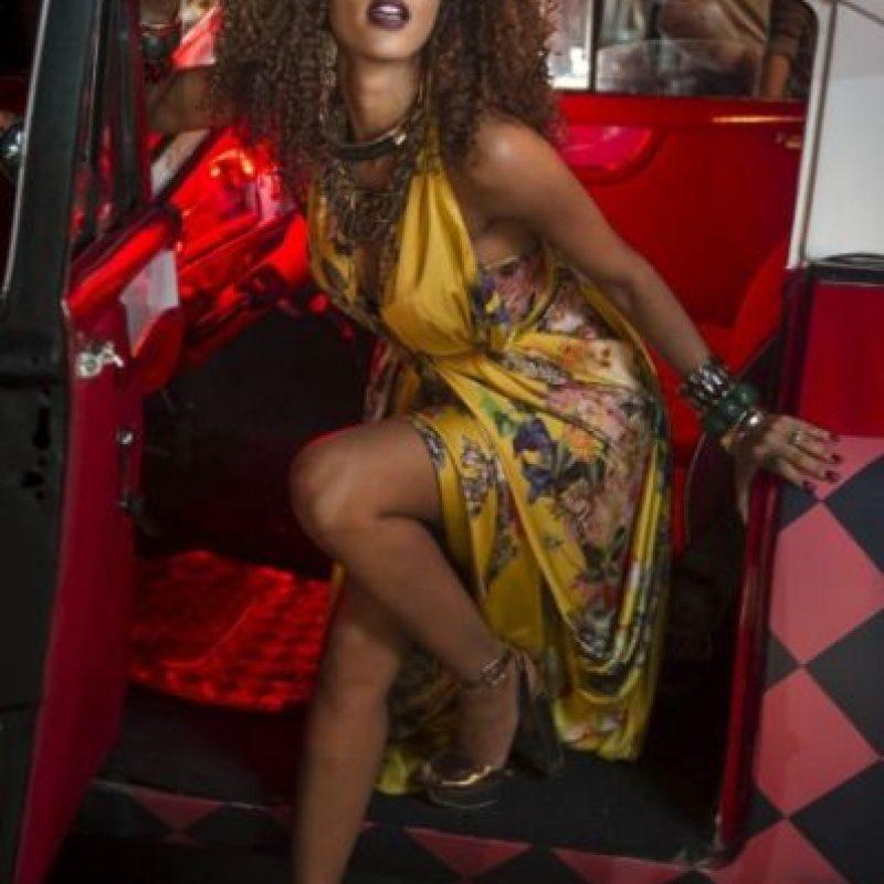 "Interpretó a Elza Soares, la famosa cantante de samba, en el biopic de ""Garrincha"" Foto:vía facebook.com/taisdeverdade"