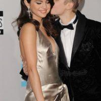 """A casi un año de haber terminado su relación, Justin Bieber aún recuerda a su """"primer amor"""". Foto:Getty Images"""