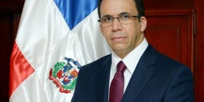 Canciller destaca nueva política exterior para reposicionar imagen del país