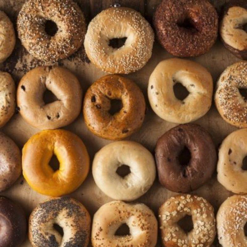 """Panes como estos contienen un ingrediente llamado """"L-cisteína"""", que es un componente hecho a partir de cabello humano y/o plumas de pato. Foto:vía nstagram.com/shirleysbagel"""