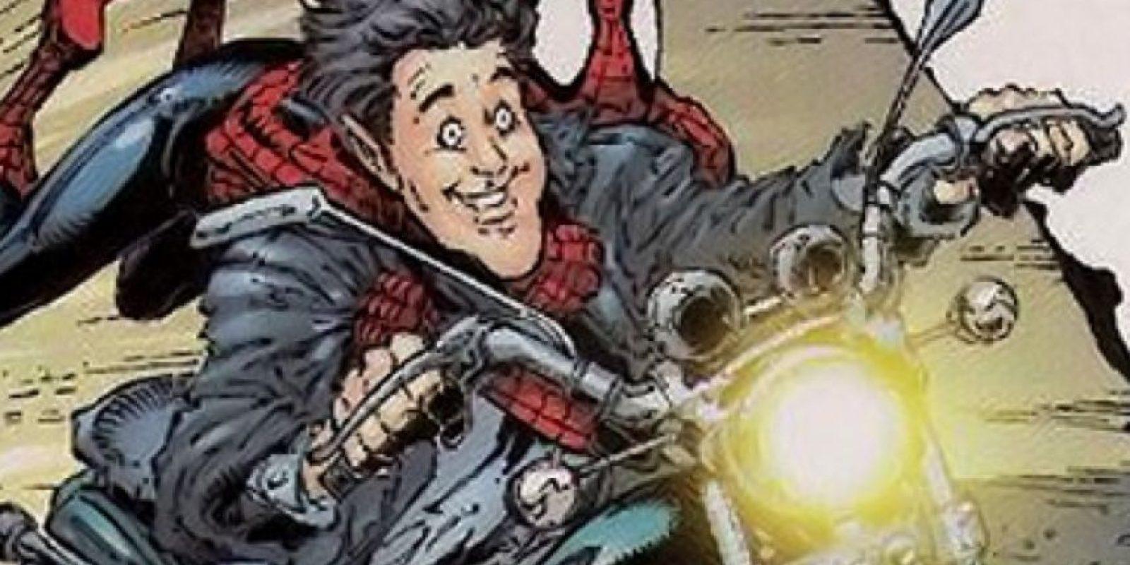 """En 2002, el presentador Jay Leno apareció con Spiderman en un cómic. Leno filma un comercial, lo atacan ninjas y """"Spidey"""" lo salva. Foto:vía Marvel Cómics"""