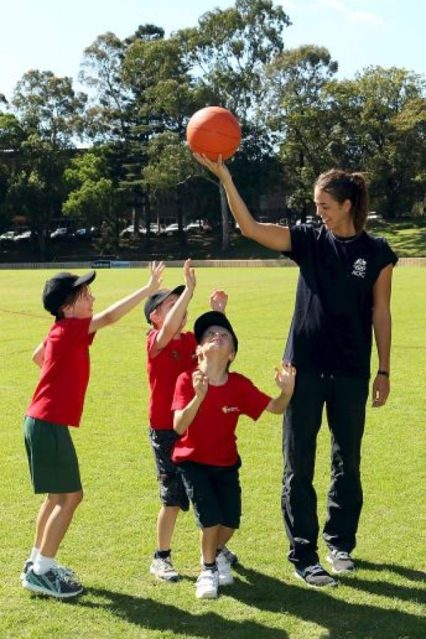 """Según el sitio web """"Guiafitness.com"""", el baloncesto es uno de los deportes ideales para ser practicados por niños. Foto:Getty Images"""