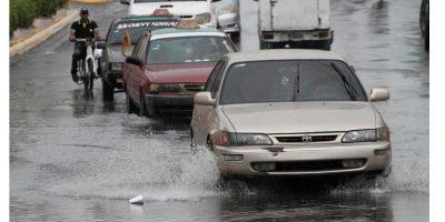 Las lluvias que han generado problemas de tránsito urbano continuarán hoy. Foto:Roberto Guzmán