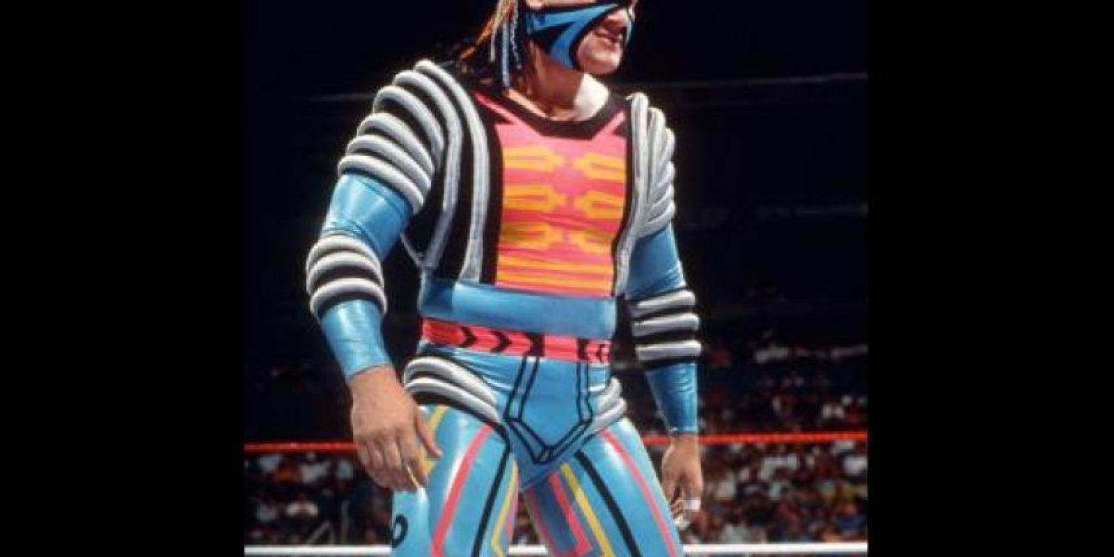 9. Max Moon / Tantas formas y tanto color hicieron que su traje se viera más que exótico. Foto:WWE