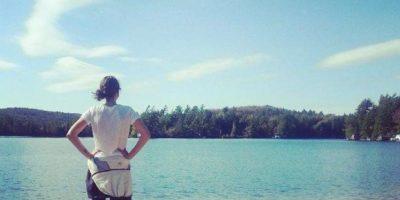 Maestra de escuela católica alega haber sido despedida por ser anoréxica