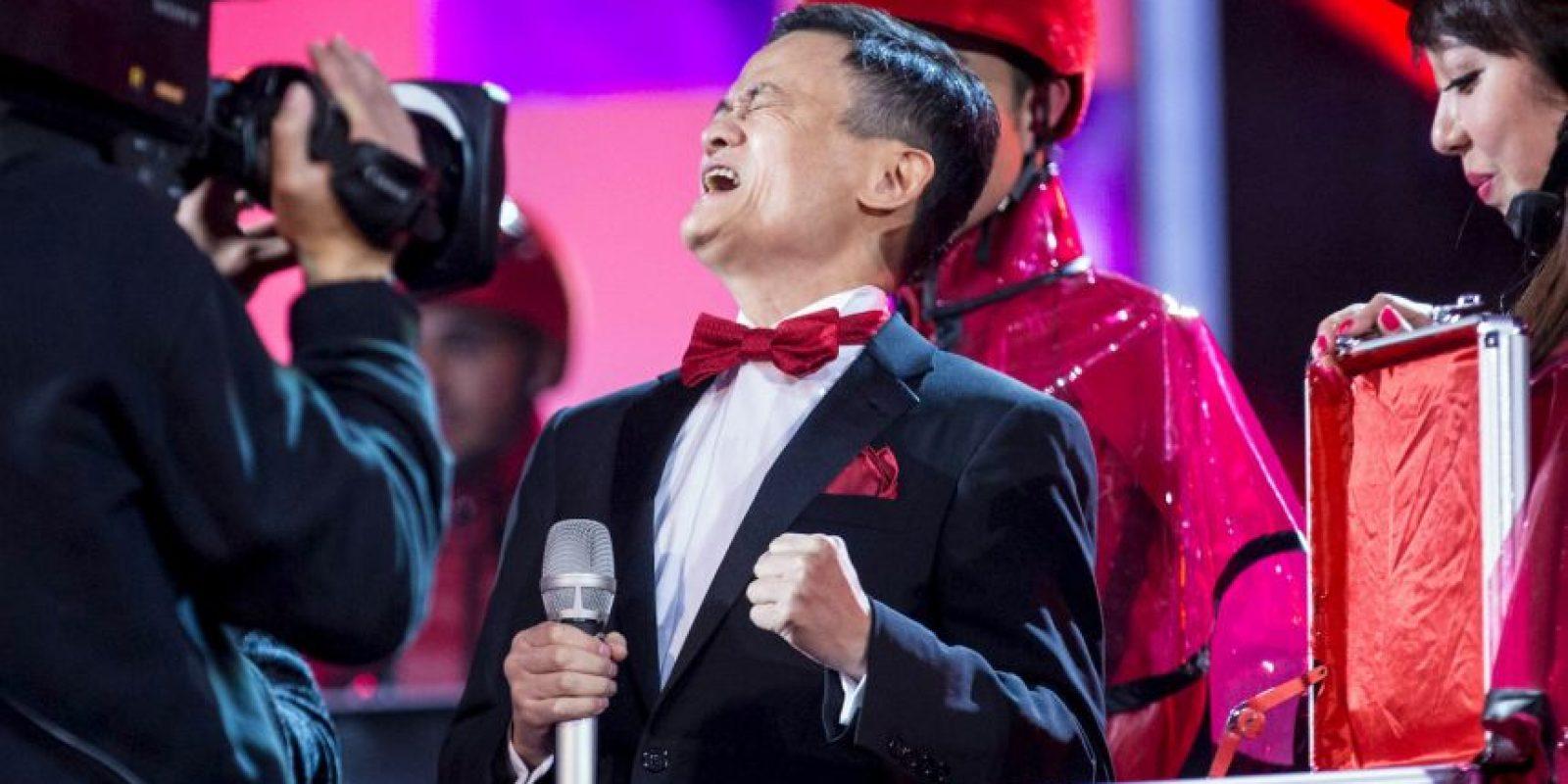 Jack Ma, CEO de Alibaba, celebrando las ganancias Foto:AFP