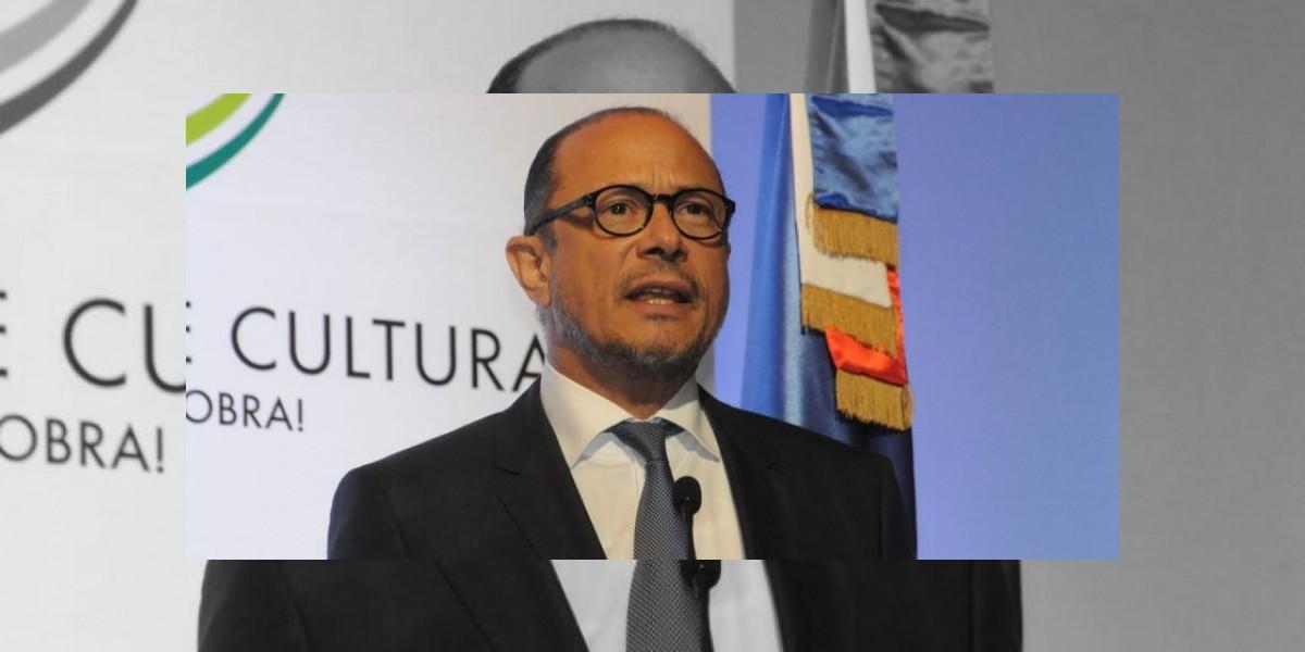 Cultura aclara que hizo aporte económico para trasladar restos del merenguero Benny Sadel