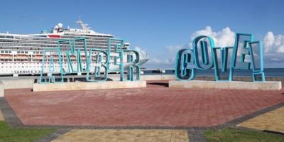 Llegan dos cruceros al puerto de Maimón, Puerto Plata, con miles de turistas