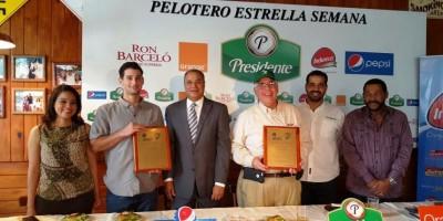 Wilín Rosario y Bryan Evans elegidos en el Pelotero Estrella de la Semana