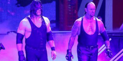 """""""Taker"""" y Kane, los """"Hermanos de la Destrucción"""", se presentarán en Survivor Series Foto:WWE"""