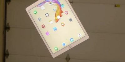 iPad Pro en una prueba de resistencia. Foto:vía TechRax / YouTube