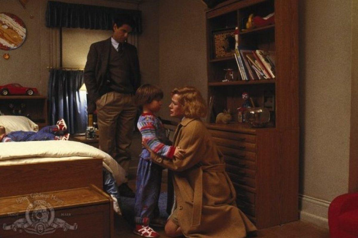 """Luego de protagonizar la primera y segunda película de """"Chucky"""", el actor se unió al elenco de """"Wait Until Spring Bandini"""" y """"Just Like in The Movies"""". Foto:IMDB"""