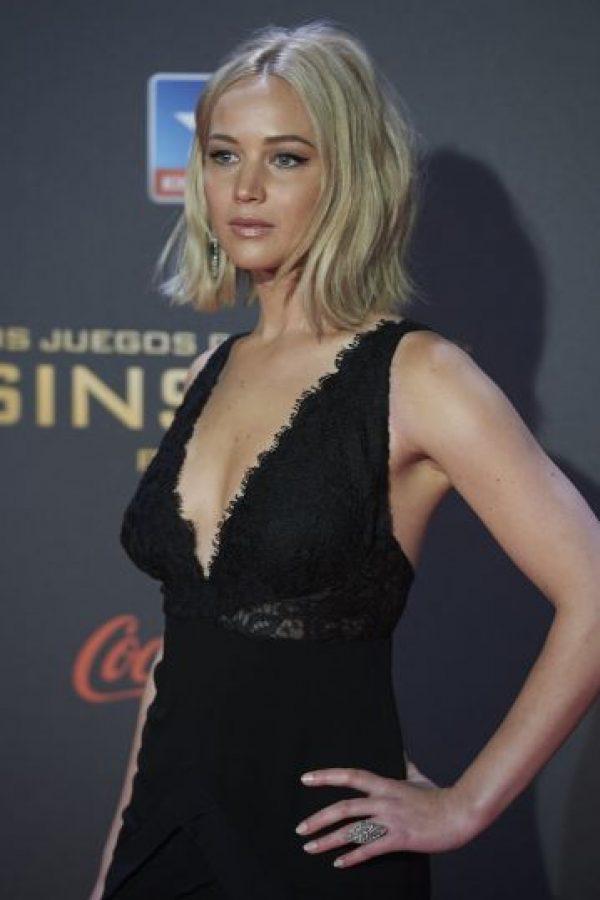 """""""Nadie me invita a salir"""", asegura Jenn, cuyos ex incluyen nombres como Chris Martin de Coldplay y Nicholas Hoult, su excompañero en """"X-Men"""". Foto:Getty Images"""