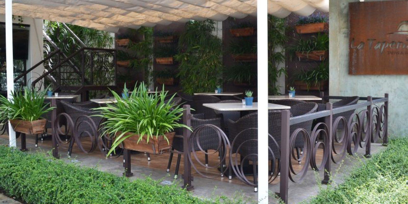 El restaurante La Tapería ofrece diversos espacios para que sus clientes se sientan como en casa. Foto:Mario de Peña