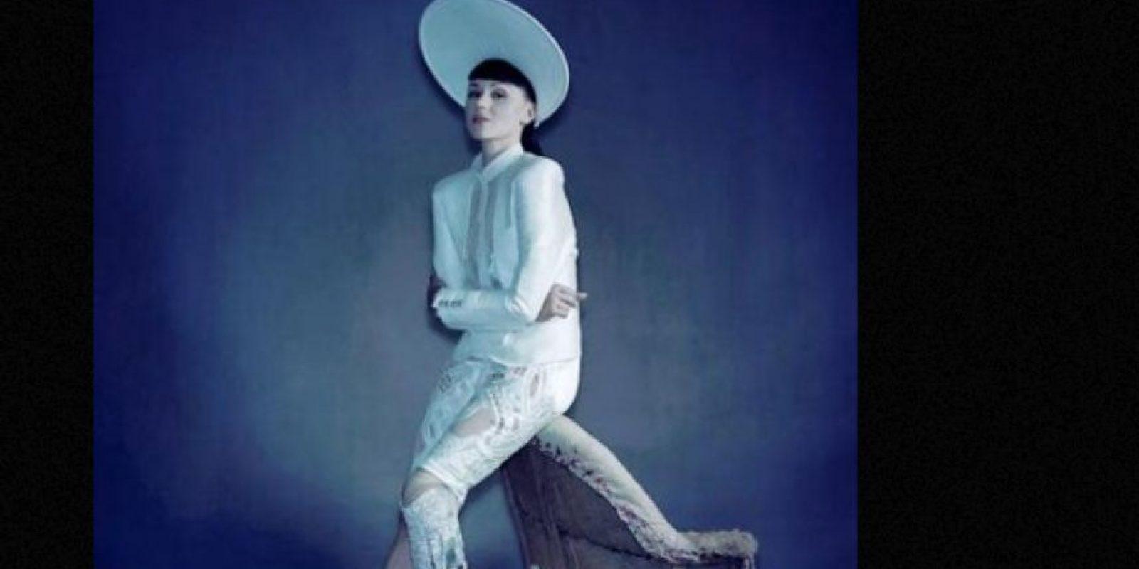 Viktoria Modesta es cantante y modelo. Ícono de moda. Foto:vía Facebook/Viktoria Modesta