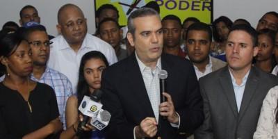 Luis Abinader asegura que el presidente Medina no habla porque tiene escasos logros