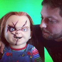 """Aún dedica parte de su tiempo para estar con """"Chucky"""" Foto:vía instagram.com/alex_vincent"""