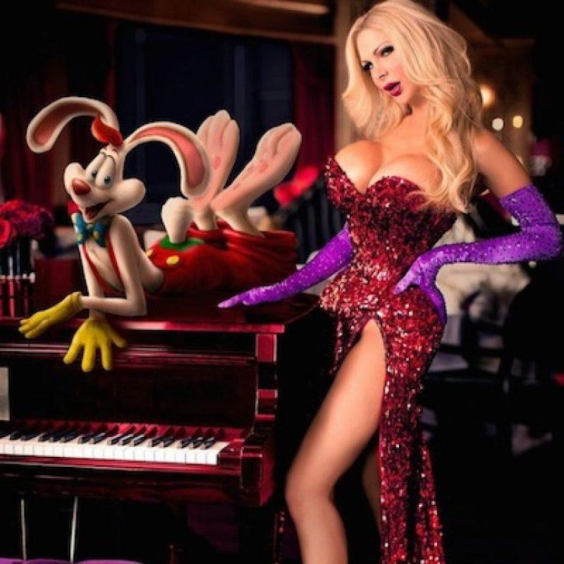 "Parecerse cada vez más a la esposa de ""Roger Rabbit"". Foto:Instagram/cassandracass21"