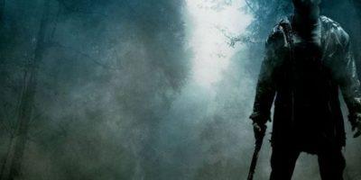 En esta nueva versión del clásico del género slasher, un grupo de jóvenes instructores de campamento desata la ira de Jason Voorhees, un demente homicida enmascarado. Foto:vía Netflix