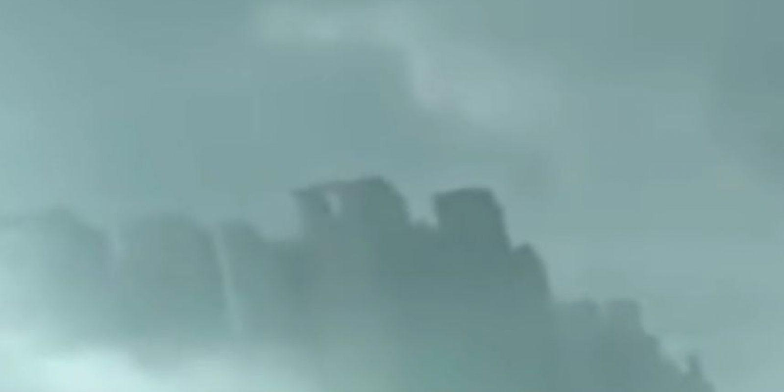"""4. """"Ciudad flotante en China"""" Foto:Vía Youtube UFOSightings2010"""