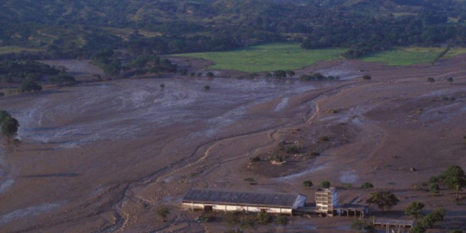 Luego del lodazal quedó solo un gran camposanto. Foto:vía Getty Images