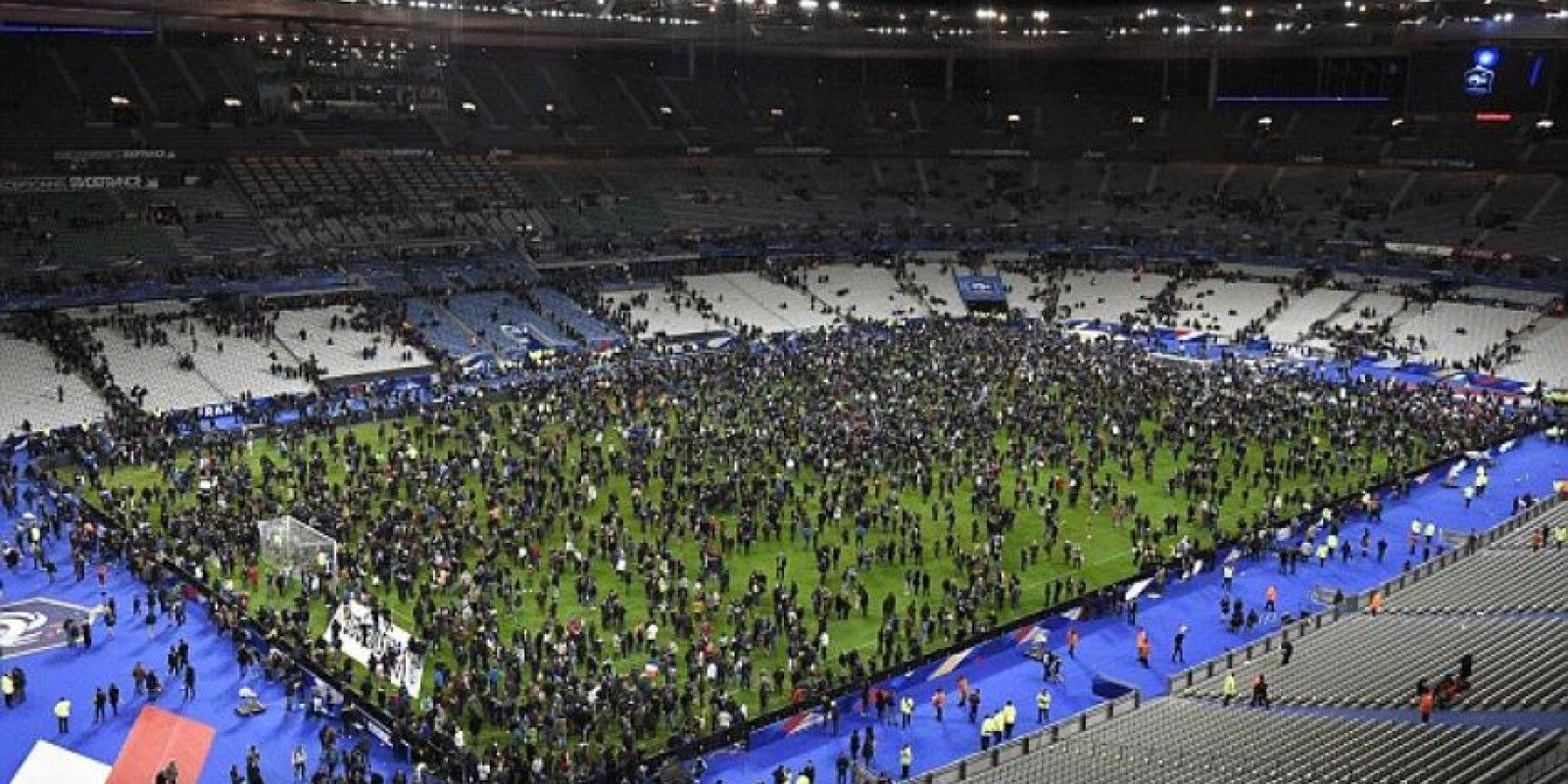 Así reaccionó el público al momento de la detonaciones. Foto:Getty Images