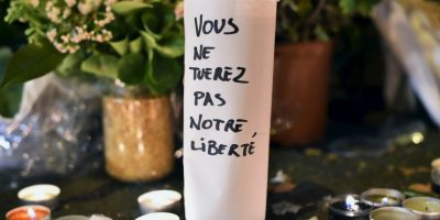 """Ustedes no matarán nuestra libertad"". Foto:Getty Images"