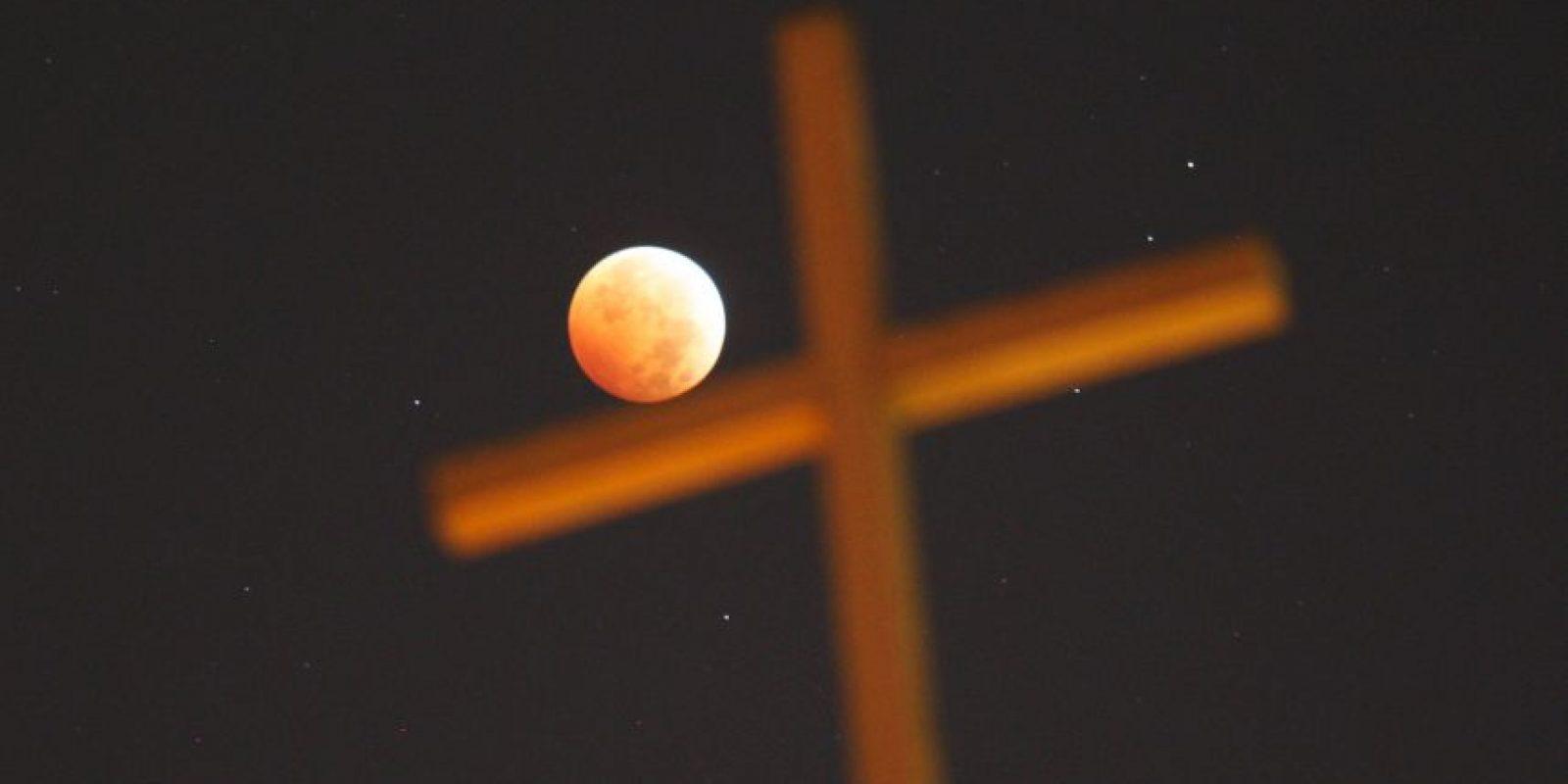 Cabe mencionar que según las creencias cristianas, los siete sellos del Apocalipsis son otra señal del fin del mundo. Foto:Getty Images