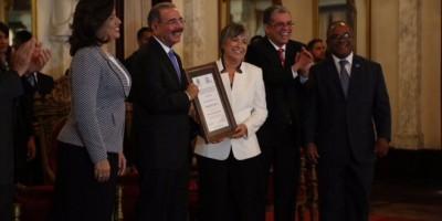 Margarita Cordero asegura que el periodismo tiene déficit profesional y ético
