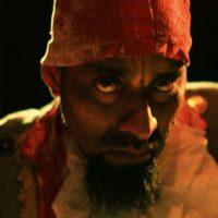4. Teatro. Durante la presentación de la obra La ostra, interpreta a uno de sus pintorescos personajes. Foto:Fuente Externa