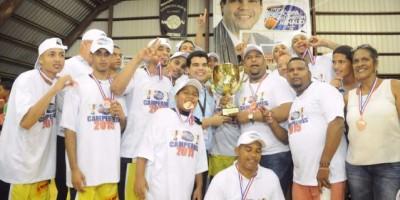 Mauricio Báez campeón de la II Copa Wellington Arnaud
