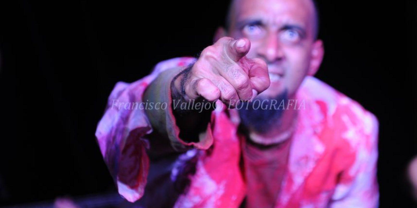 3. En escena. A través del Circuito Cultural Cara-Maná, ha presentado numerosos performances, en rescate del arte y la cultura mocana y del país. Foto: Fuente externa