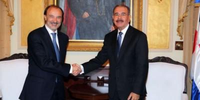 España contribuirá con RD para desarrollar proyectos de agua y saneamiento