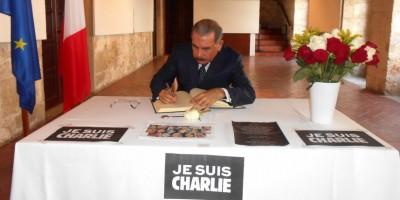 Abren libro condolencias en el país por víctimas de atentados en Francia