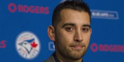 Marco Estrada permanecerá con los Azulejos de Toronto
