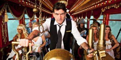 En este programa, diferentes celebridades realizaron las bromas más pesadas contra Sheen. Foto:IMDB