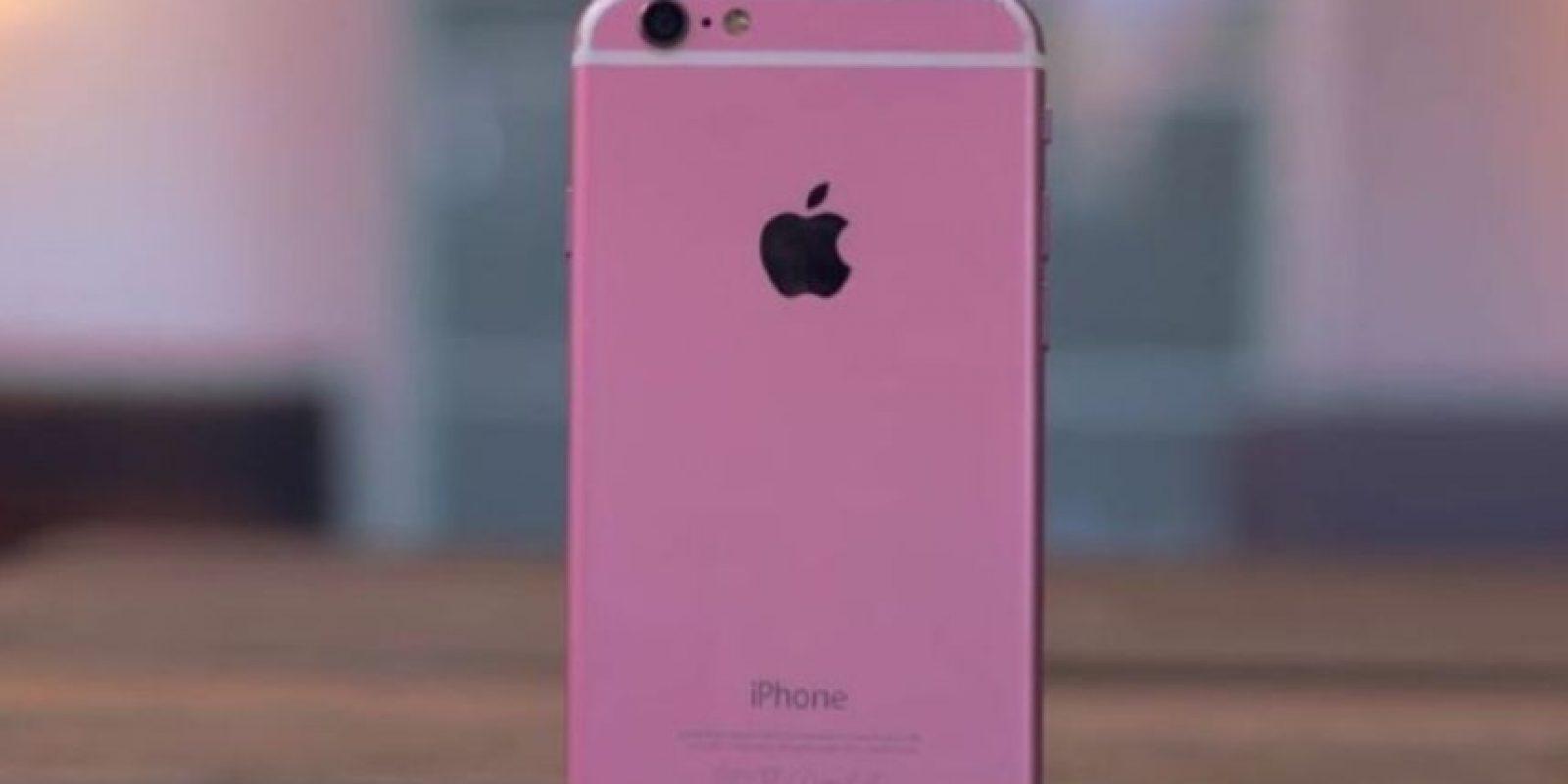 """l color rosa es más fuerte y le falta la letra """"S"""" distintiva del modelo. Foto:Jonathan Morrison / YouTube"""