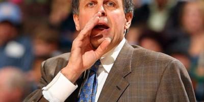 Los Rockets despiden a su entrenador Kevin McHale
