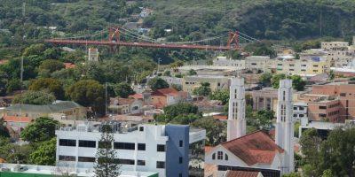 Puente Hermanos Patiño, construido a mediados del siglo XX.