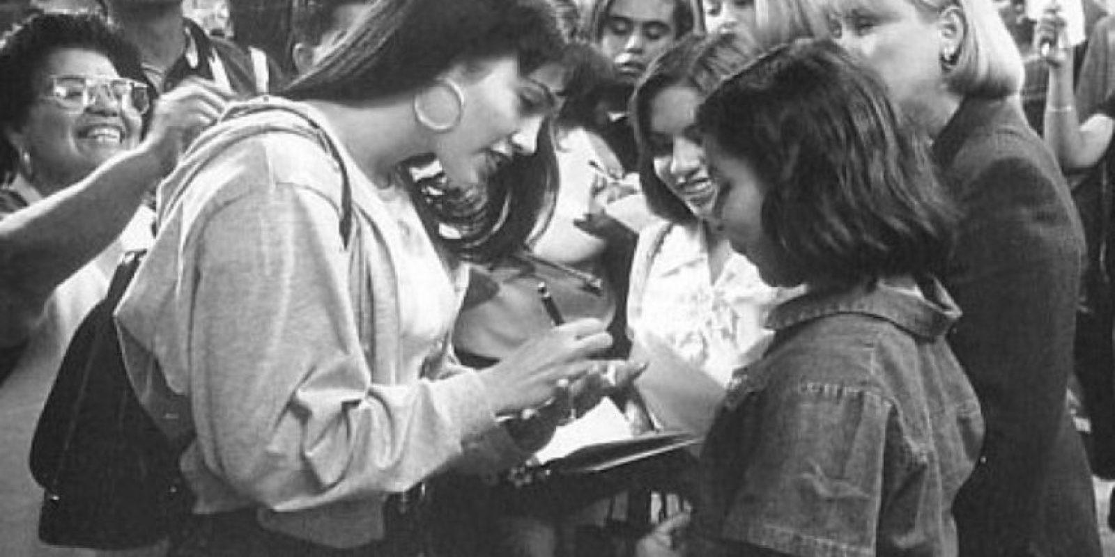 """Si tienes la oportunidad de estar en este negocio por muchos años como yo he tenido la bendición. Siempre pienso en que Selena me enseñó todas esas cosas, a cómo navegar en esta vida"""", comentó en una reciente conferencia de prensa en México Foto:IMDB"""