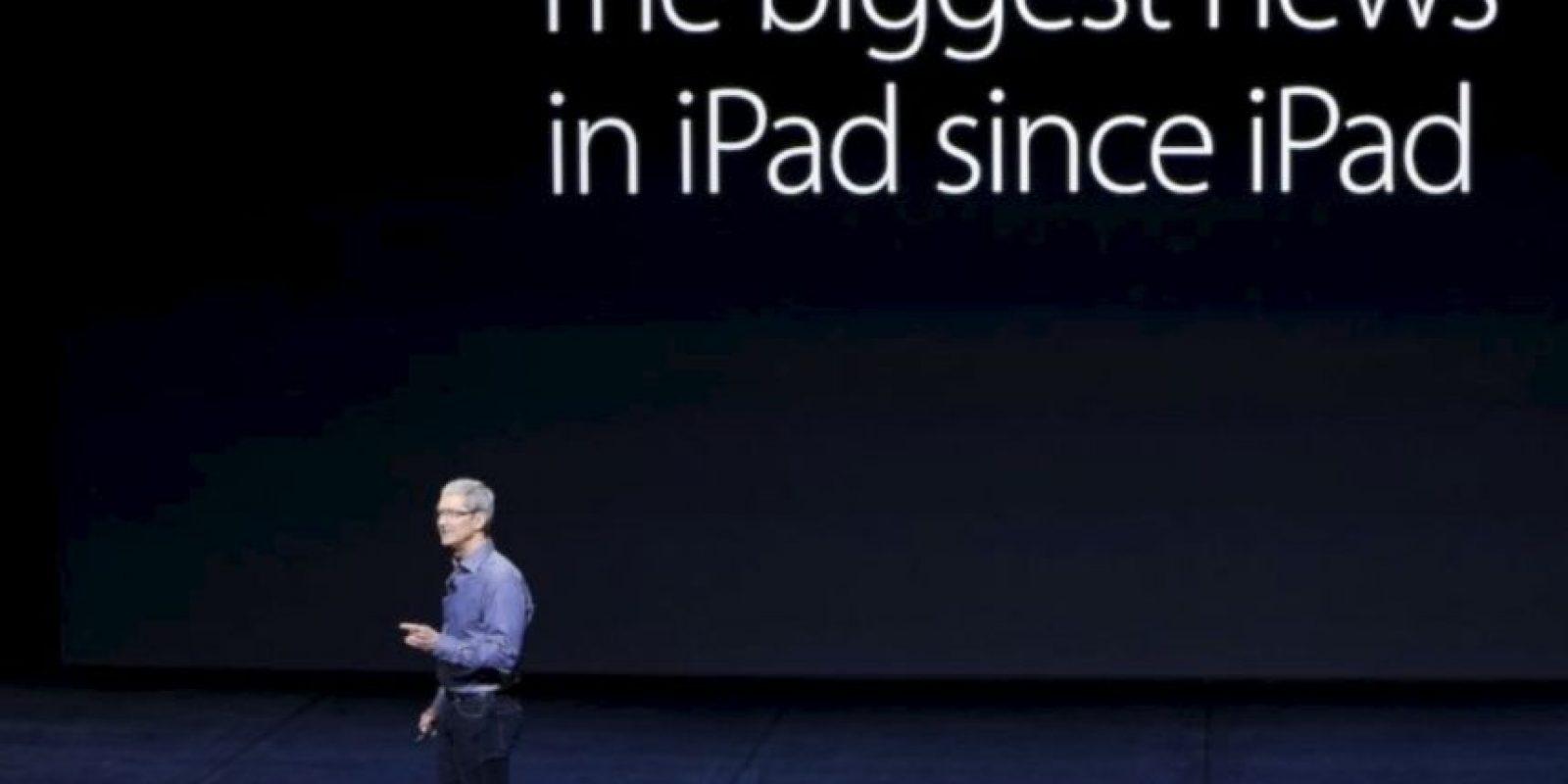 305.7 * 220.6 * 0.27 mm son sus dimensiones. Foto:Apple