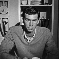 """Anthony Perkins se hizo famoso por interpretar al protagonista de """"Psicosis"""" en los años 60. Foto:vía Getty Images"""