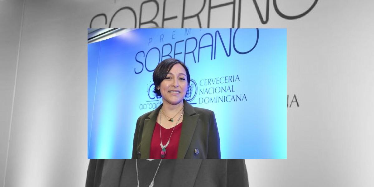 Edilenia Tactuk gana la producción de Los premios Soberano