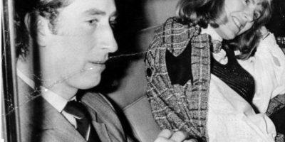 Pero esa imagen se diluyó. Carlos siempre ha sido feliz con ella, quien por demás es sensata y no le gusta figurar. Foto:vía Getty Images