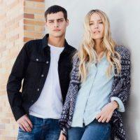 Los jeans son el complemento ideal para un look informal. Foto:Fuente Externa