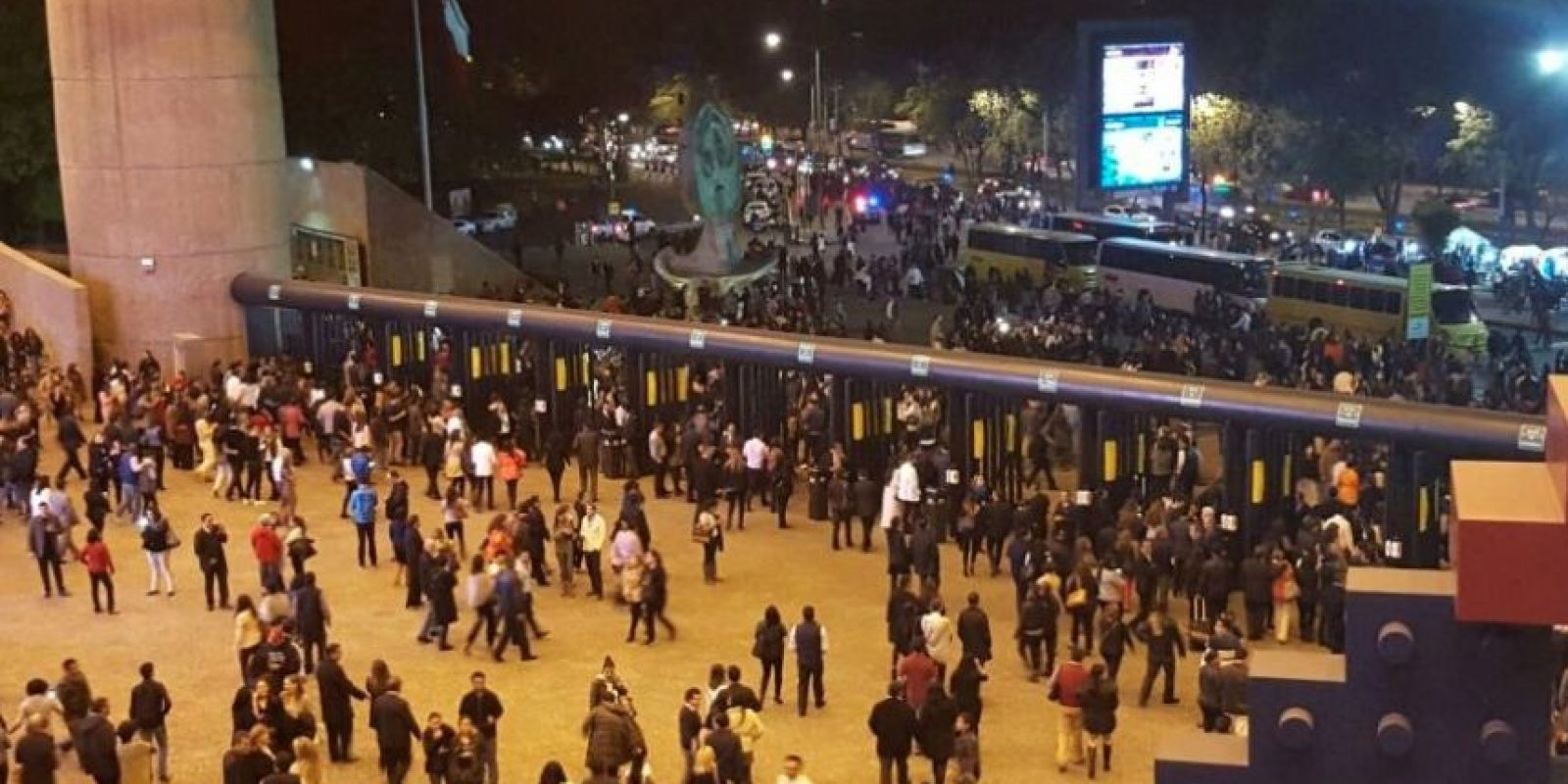 Tras la cancelación del segundo concierto, así lucía el Auditorio Nacional. Foto:Publimetro