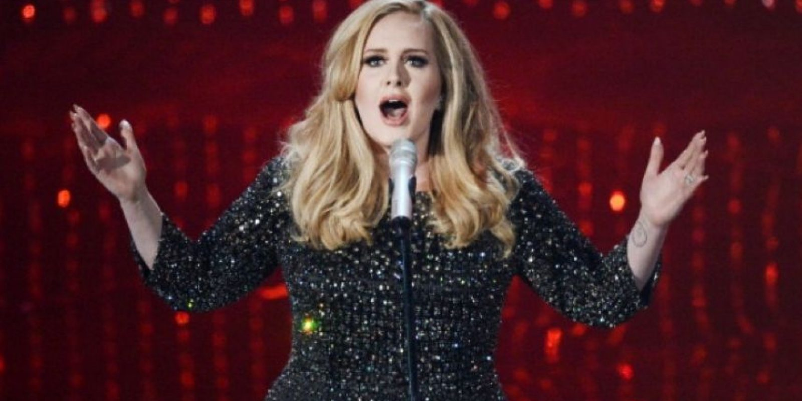 "Adele quiere que compren físico su disco ""25"". Foto: Getty Images"